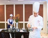 Gilles Reinhardt présente sa cuisine à Hanoi