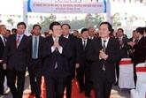 Le président Truong Tân Sang sur le chantier de l'Université Vietnam-Japon