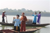 À Hanoi, Ví et Giặm rencontrent un franc succès auprès des étudiants