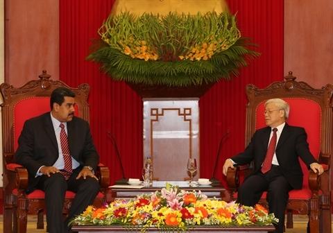 Des dirigeants vietnamiens reçoivent le président vénézuélien à Hanoi