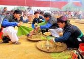 Originalité de la fête du nouveau riz au temple de Dông Cuông à Yên Bai