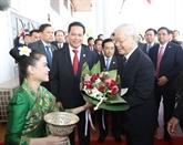 La visite du chef du PCV à la Une de la presse lao