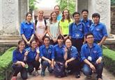 Ces jeunes volontaires contribuent à promouvoir la culture et lhistoire nationales