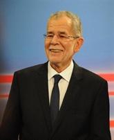 Le candidat soutenu par les Verts en tête à lélection présidentielle autrichienne