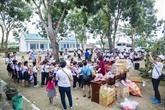 Opération Gardez le sourire pour les étudiants pauvres de Binh Thuân