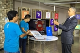 Barack Obama rencontre de jeunes entrepreneurs à Hô Chi Minh-Ville