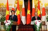 Le Premier ministre Shinzo Abe au Vietnam, la presse japonaise en parle