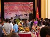 Les Vietnamiens à létranger accueillent le Nouvel An lunaire