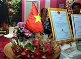 Des fruits du dragon du Vietnam présentés à Berlin
