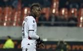 Ligue 1: Nice maintient la pression sur Monaco et le PSG mais perd Balotelli