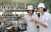 Plusieurs Vietnamiens partent travailler à létranger