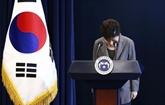 La présidente Park Geun-Hye destituée présente ses excuses