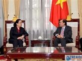 Un vice-ministre des AE reçoit la première consule générale de Chine à Dà Nang