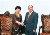 Le Premier ministre Nguyên Xuân Phuc reçoit la directrice générale de lOMS