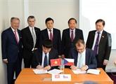 Signature dun protocole daccord sur la coopération en matière de cybersécurité