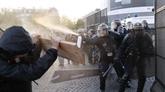 France/présidentielle : 29 gardes à vue après une manifestation à Paris