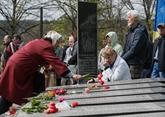 Porochenko à Tchernobyl pour commémorer laccident nucléaire