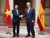 Entretien entre le vice-PM Pham Binh Minh et le ministre espagnol des AE Alfonso Dastis