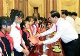 Le président vietnamien Trân Dai Quang reçoit des jeunes en situation difficile