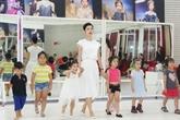 Des opportunités pour le mannequinat pour enfants vietnamiens