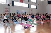 La 3e Journée internationale du yoga célébrée à Cân Tho
