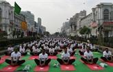 L'Inde se plie en quatre pour la Journée du yoga