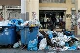 Grèce : manifestations et grève des éboueurs