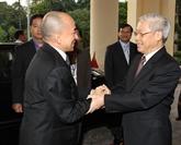 Vietnam et Cambodge se félicitent mutuellement pour les 50 ans des liens