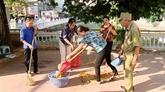 Un volontaire octogénaire pour lenvironnement vert à Hanoï