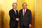 Le PM Nguyên Xuân Phuc travaille avec la Keidanren, part pour Osaka