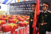 Cérémonie à la mémoire des héros morts pour la Patrie dans l'offensive à l'aéroport de Biên Hoà