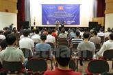 Rencontre avec des travailleurs vietnamiens en République de Corée