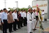 La présidente de l'Assemblée nationale rend hommage aux héros morts pour la Patrie à Quang Nam