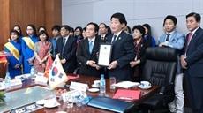 Coopération entre la ville sud-coréenne dIncheon et lUniversité Nguyên Tât Thành