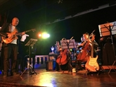 Lancement dun programme de musique classique pour les jeunes