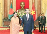 Le chef de lÉtat vietnamien reçoit la présidente du parlement bangladais
