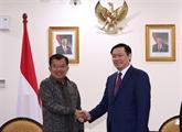 Le Vietnam approfondit ses relations avec lIndonésie et lASEAN
