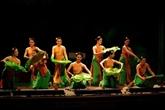 Le Vietnam se produit au Festival du folklore mondial