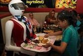 Pizzas automates : des robots serveuses font la joie du Pakistan