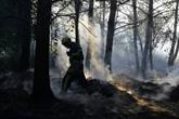 Feux en Corse : un homme inculpé et écroué, deux incendies toujours en cours