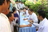 Les médecins cambodgiens d'origine vietnamienne au chevet des pauvres