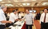 Le Premier ministre travaille avec des dirigeants de PetroVietnam