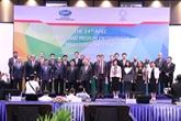 Le PM Nguyên Xuân Phuc demande à créer un fonds pour les PME