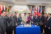 Célébration des 50 ans de la fondation de lASEAN aux États-Unis et en Espagne