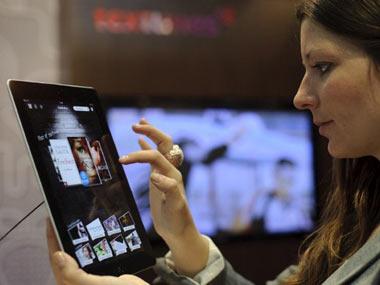 Les Canadiens passent de plus en plus de temps sur Internet grâce à leurs tablettes. Photo : AFP/VNA/CVN