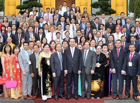 Trân Dai Quang rencontre des responsables de PME exemplaires