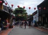 Découverte de la vieille cité de Hôi An avec les touristes francophones
