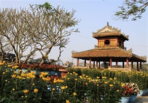 Plus de 1,4 million de touristes étrangers ont visité Huê