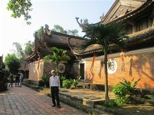 À la découverte et redécouverte de trésors culturels en banlieue de Hanoï