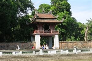 Hanoï coopère avec Vietnam Airlines dans la promotion du tourisme
